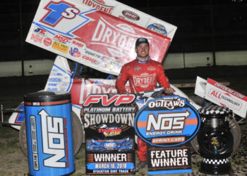 Logan Schuchart in victory lane after winning the World of Outlaw NOS Energy Drink Sprint Car Series Feature at the Stockton Dirt Track (M&M Photos)