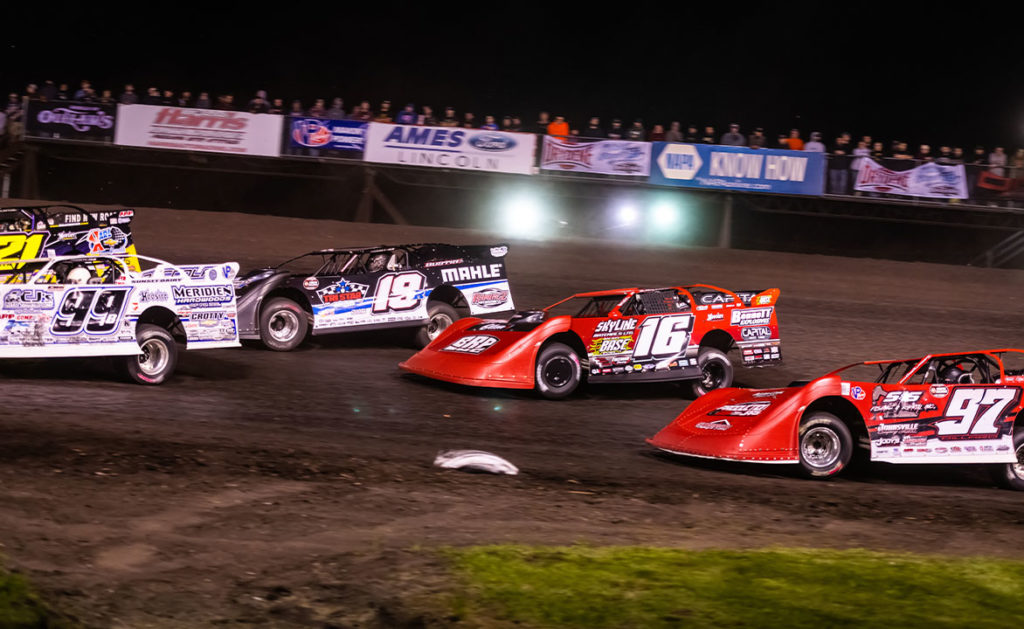 Racing through the corner at Boone